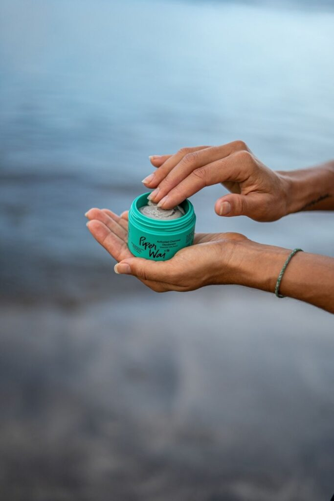 Want cruelty free deodorant that's good for you, better for our planet, and better for all beings on Earth? No sweat! Image by Piper Wai #crueltyfreedeodorant #sustainablejungle