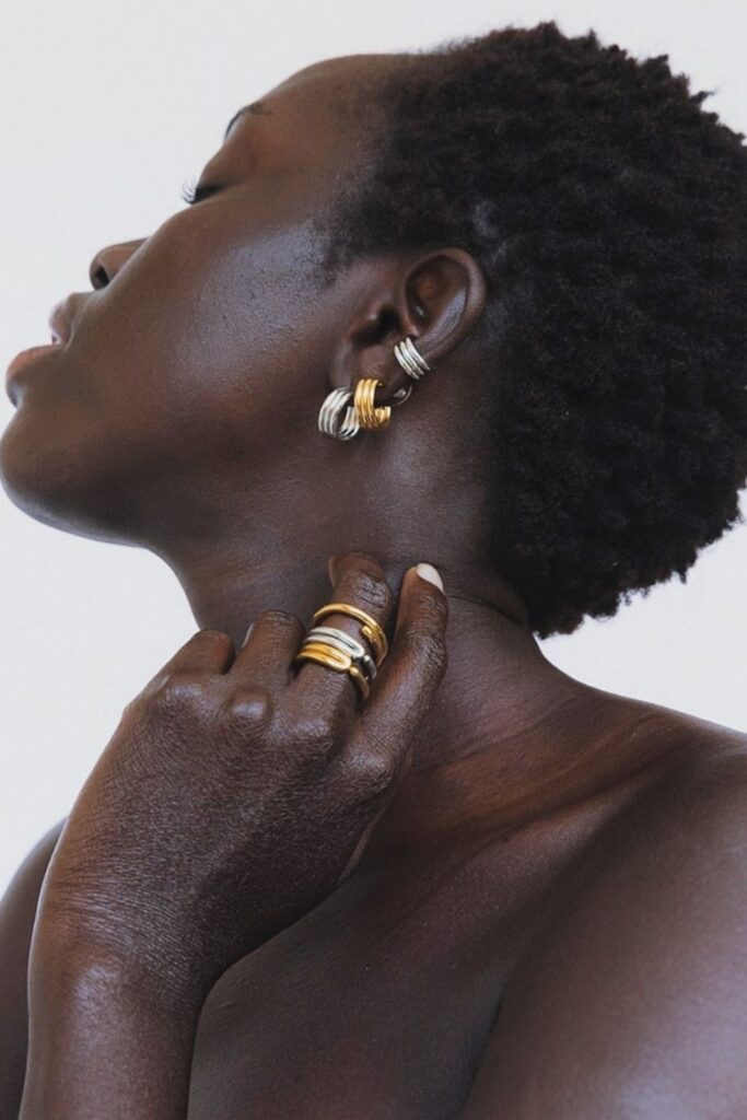 Fair trade and artisan jewelry is everything that mass produced jewelry isn't. Traditional techniques, local materials, and unique designs that tell a story... Image by SOKO #artisanjewelry #artisanjewelrydesigners #artisanjewelryonline #artisanjewelrywebsites #fairtradejewelry #fairtradejewelrybrands #fairtradejewelryonline #fairtradejewelrycompanies #sustainablejungle