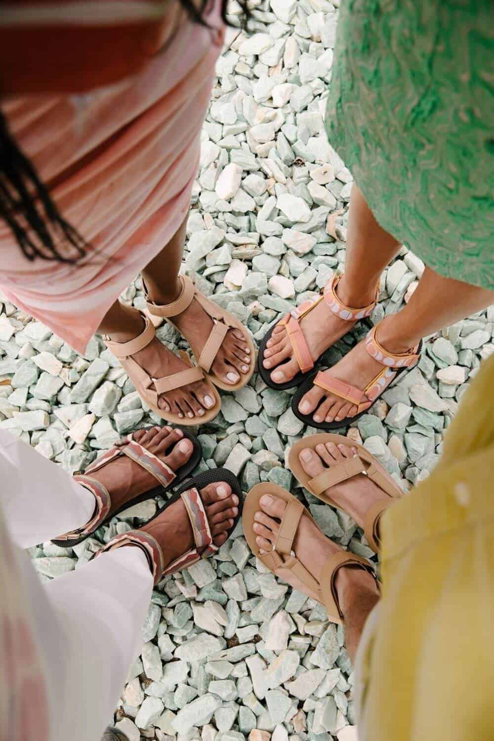 For summer sandals that also have a barely-there impact on animals and the planet, we've rounded up a list of some of our favorite vegan sandals. Image by @steveakation for Teva #veganshoes #sustainablejungle