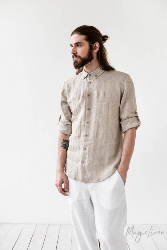Get in line(n), because we're dishing up the best of the best in linen clothing brands. Our love of linen clothing is largely due to the fact that linen doesn't require a lot to grow. Unlike cotton, it doesn't need a tremendous amount of water, pesticides, herbicides, or time. Image by MagicLinen #linenclothingbrands #sustainablejungle