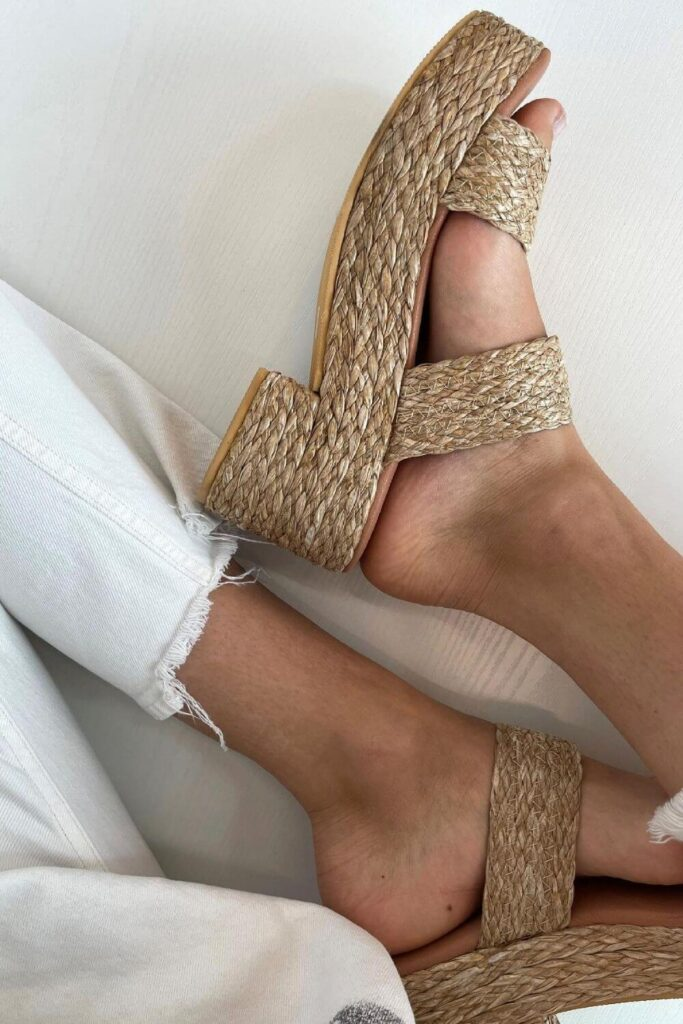 We should be keeping our heels, heads, and standards high. Which is why dressing up with ethical heels is much more glamorous! Image by Matisse Footwear #ethicalheels #sustainablejungle