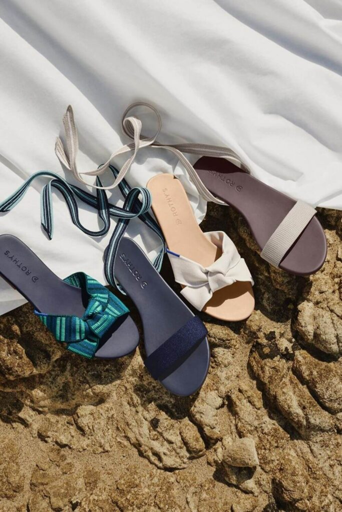 For summer sandals that also have a barely-there impact on animals and the planet, we've rounded up a list of some of our favorite vegan sandals. Image by Rothys #veganshoes #sustainablejungle