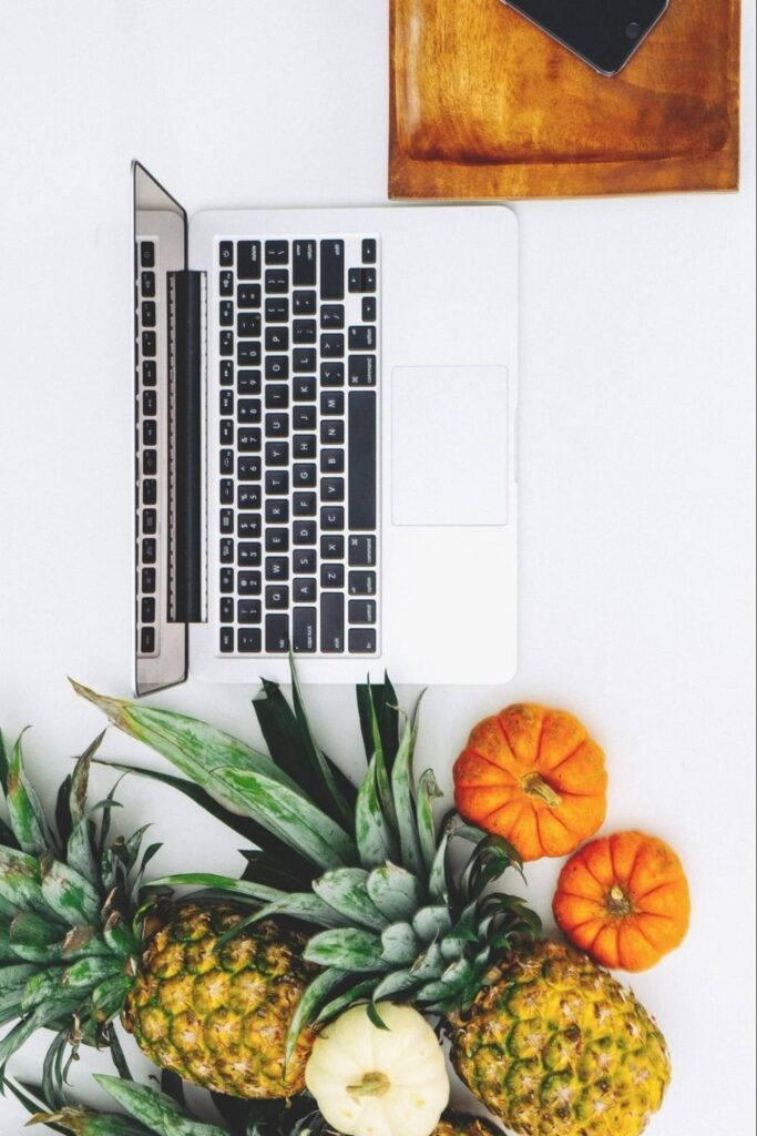 Unlike fashion, finding solutions to the environmental and ethical issues in the technology industry hasn't been as, well, fashionable. So, what can we do as a consumer looking for ethical electronics? Image by Gazelle #ethicalelectronics #ecofriendlyelectronics #sustainablejungle