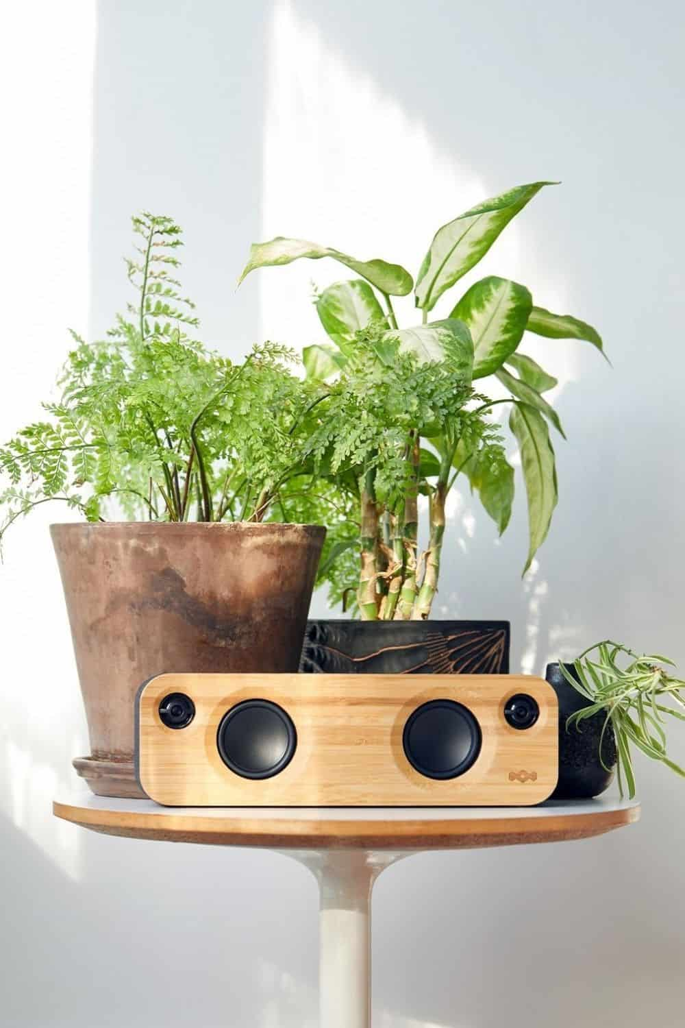 Unlike fashion, finding solutions to the environmental and ethical issues in the technology industry hasn't been as, well, fashionable. So, what can we do as a consumer looking for ethical electronics? Image by House of Marley #ethicalelectronics #ecofriendlyelectronics #sustainablejungle