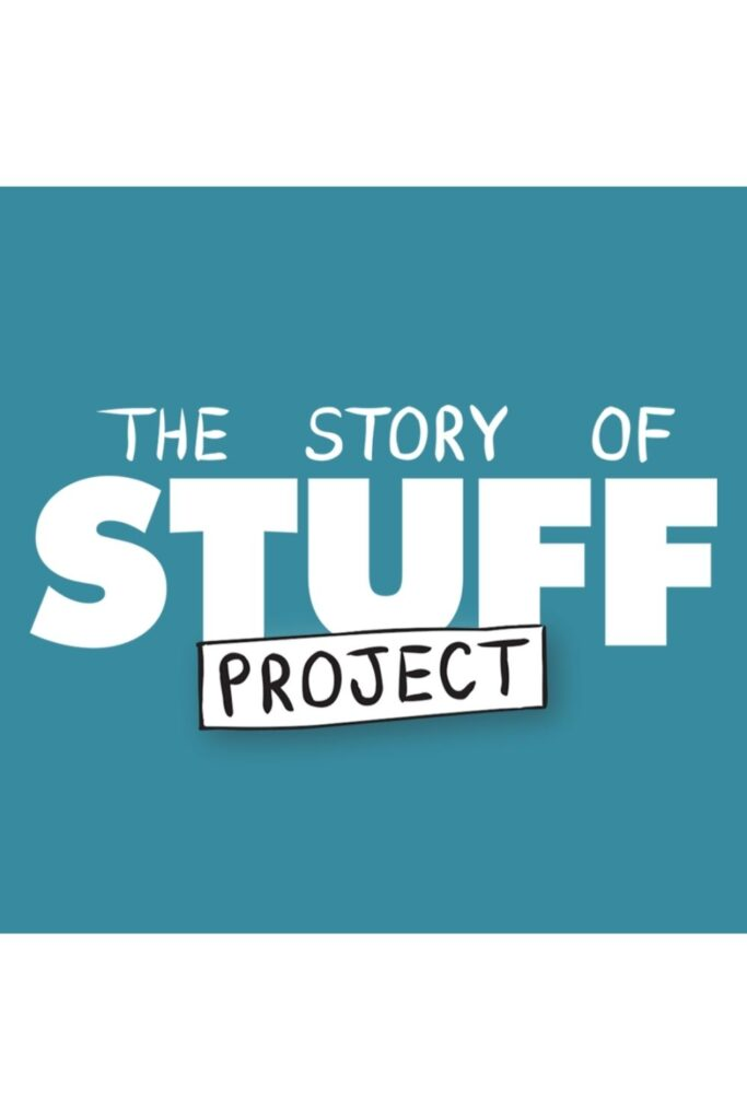 Grab some (plastic-free) snacks, dim the lights, and let a zero waste documentary change your life. Image by The Story of Stuff Project #zerowastedocumentaries #sustainablejungle
