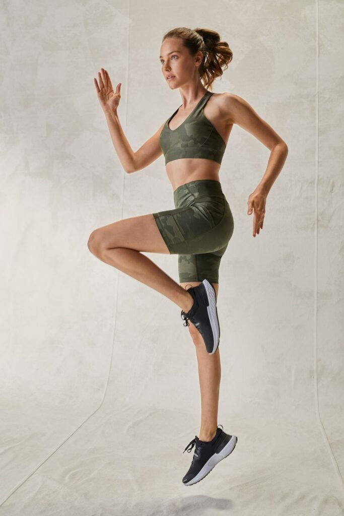 Are you ready to get sweaty and swol with this list of ethical and sustainable activewear?! You can achieve a 5K PR while also learning how to avoid fast fashion… Image by prAna #sustainableactivewear #ethicalactivewear #sustainablejungle